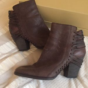 Dolce Vita Leather Boots Size 8 1/2
